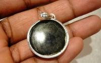 Pendentif argent et pierre Onyx noire