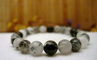 Bracelet en pierre Quartz tourmaline.